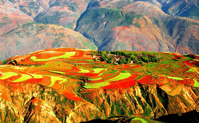 Dongchuan Red Soil (Hongtudi) in Kunming