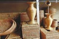 Mangshi-shopping-bamboo-wares.jpg